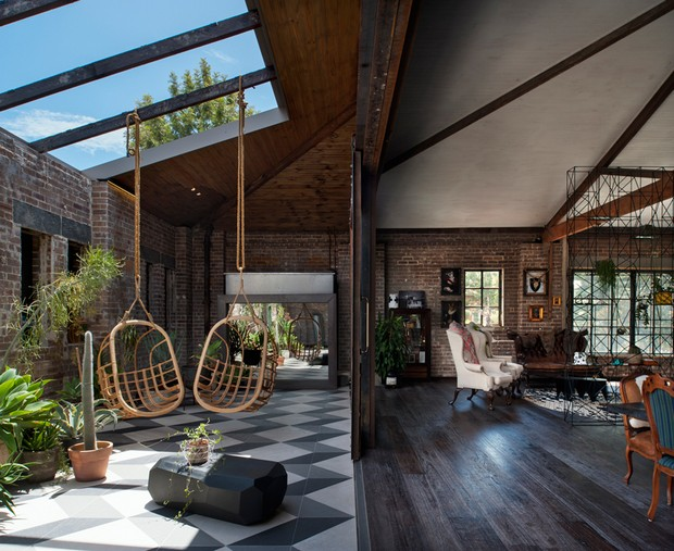 how to renovate a warehouse - home in sidney