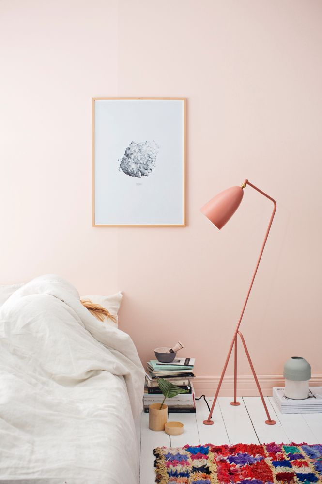 INSPIRING MODERN FLOOR LAMPS WITH PASTEL COLORS