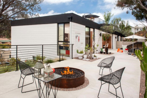 Inspiring Eco-Friendly Mid-Century House