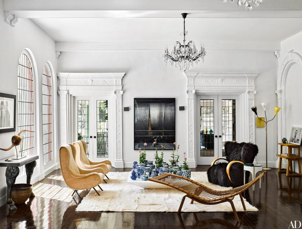 LET'S TAKE A LOOK INSIDE THE BEST LIVING ROOMS OF 2016 living rooms LET'S TAKE A LOOK INSIDE THE BEST LIVING ROOMS OF 2016 1016 brigette romanek los angeles house 10