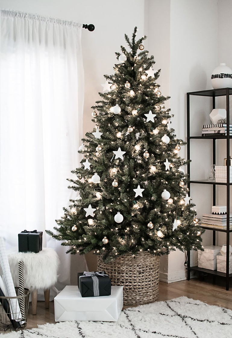 Scandinavian Christmas.Scandinavian Christmas Trees For Your Holiday