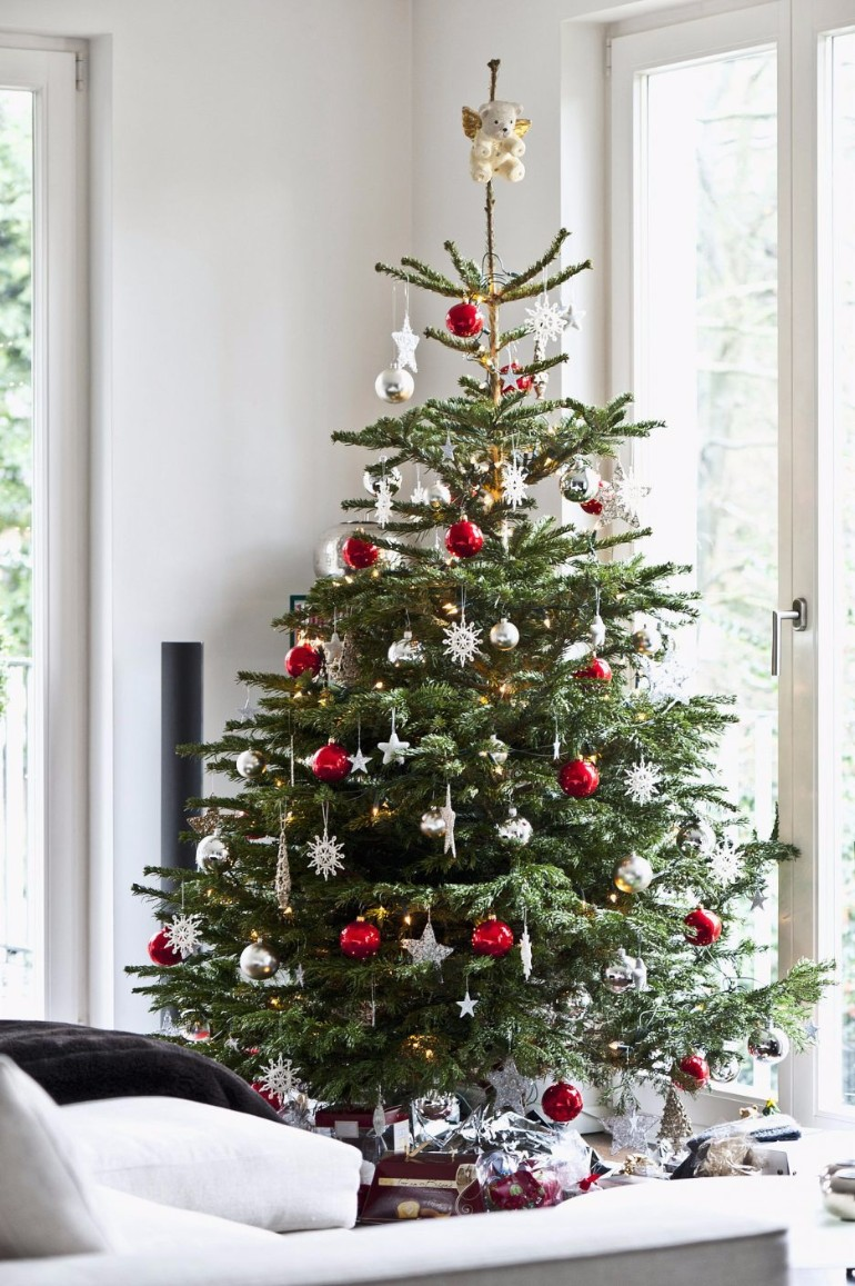 Scandinavian christmas trees for your holiday for Christmas decorations
