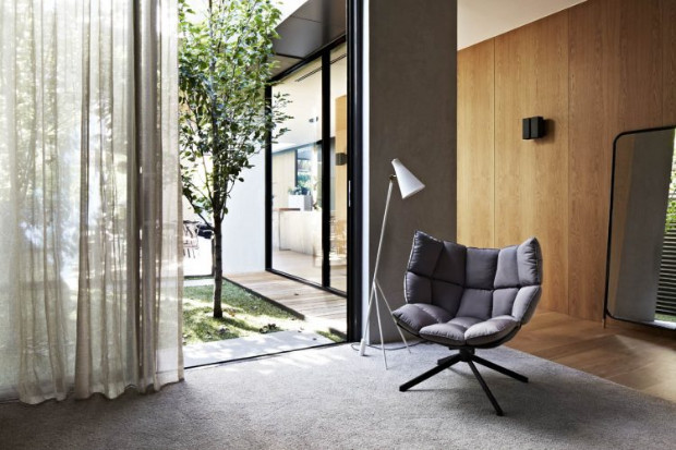 OPEN PLAN CONTEMPORARY HOUSE WITH MODERN LAMPS AND DREAMY OUTDOOR CONTEMPORARY HOUSE OPEN PLAN CONTEMPORARY HOUSE WITH MODERN LAMPS AND DREAMY OUTDOOR Open Plan Contemporary House with a Dreamy Outdoor Design 1