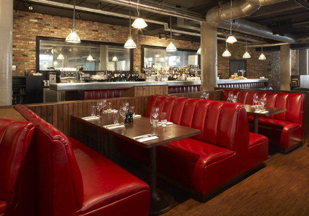 THESE ARE SOME OF THE BEST INTERIOR DESIGN PROJECTS BY SUZY HOODLESS British taste maker, Suzy Hoodless THESE ARE SOME OF THE BEST INTERIOR DESIGN PROJECTS BY SUZY HOODLESS suzy hoodless hoxton grill 1