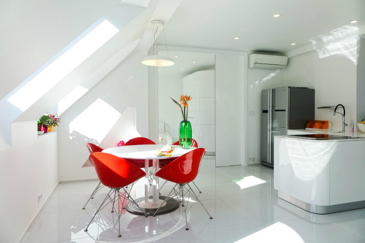 Falling In Love With a ColorfulApartment in the Heart of Budapest