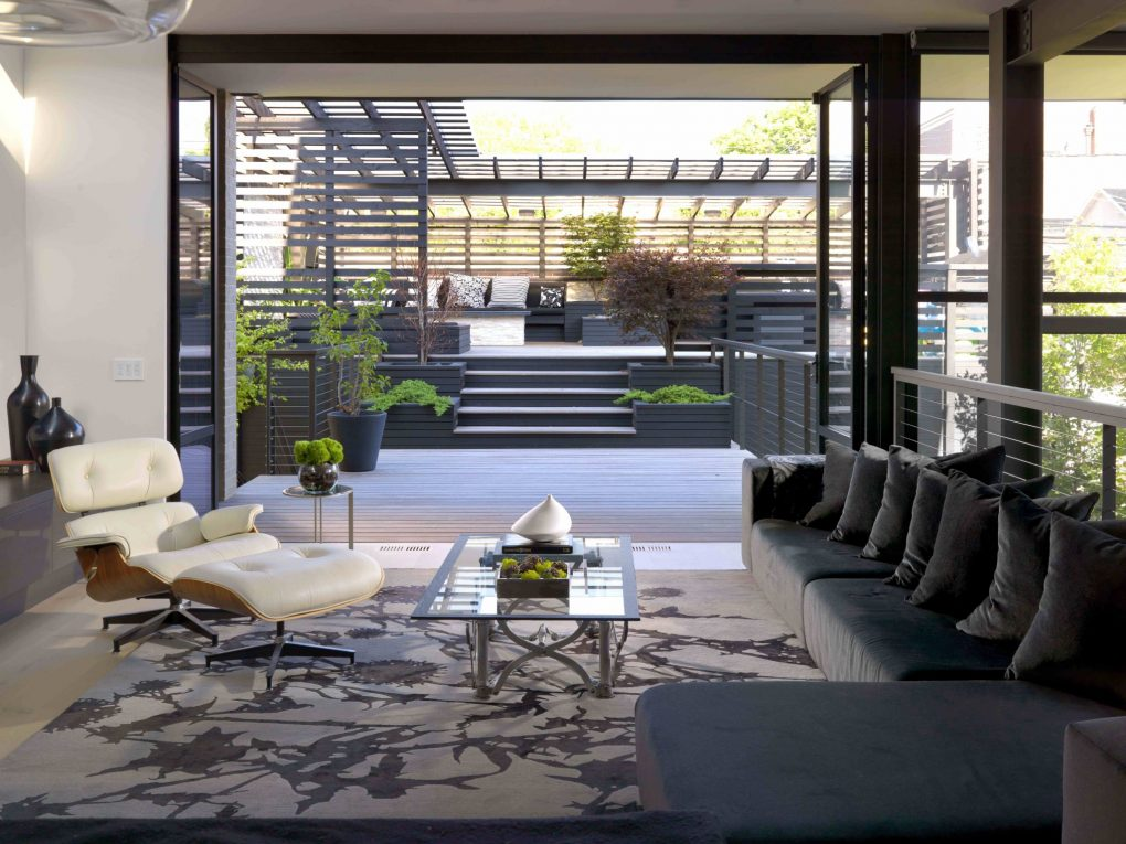 Discover This Stunning Home With Mid-Century Modern Furniture
