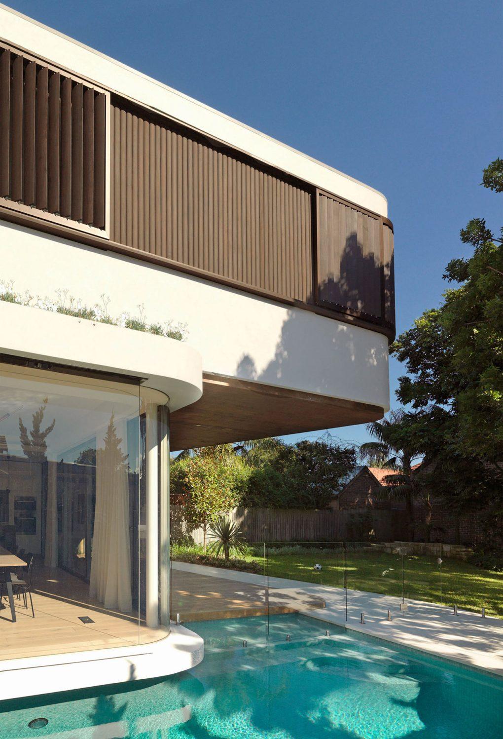 1910 Cottage Design Turns Into Modern Home Decor