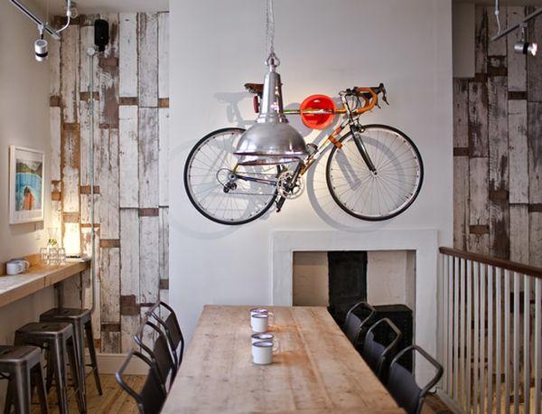 Vintage Interiors: 7 Amazing Retro Cafes