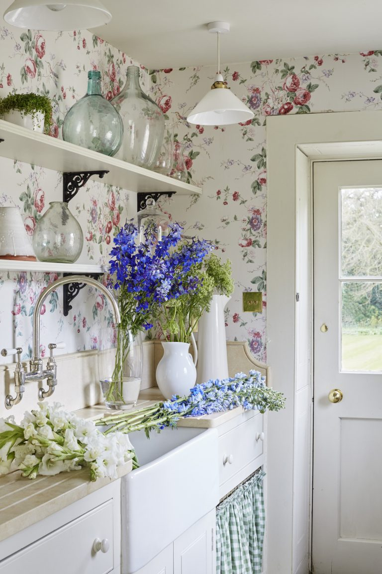 Vintage Home Design Ideas to Steal From Your Grandma's Decor