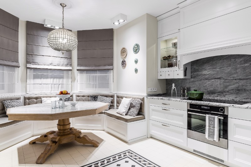 Elegance Shines In A Project by Interior Designer Lucyna Kolodziefska