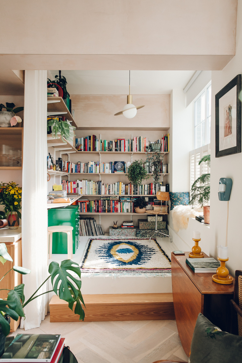 What S Hot On Pinterest 5 Vintage Home Decor Ideas You Ll Love 4