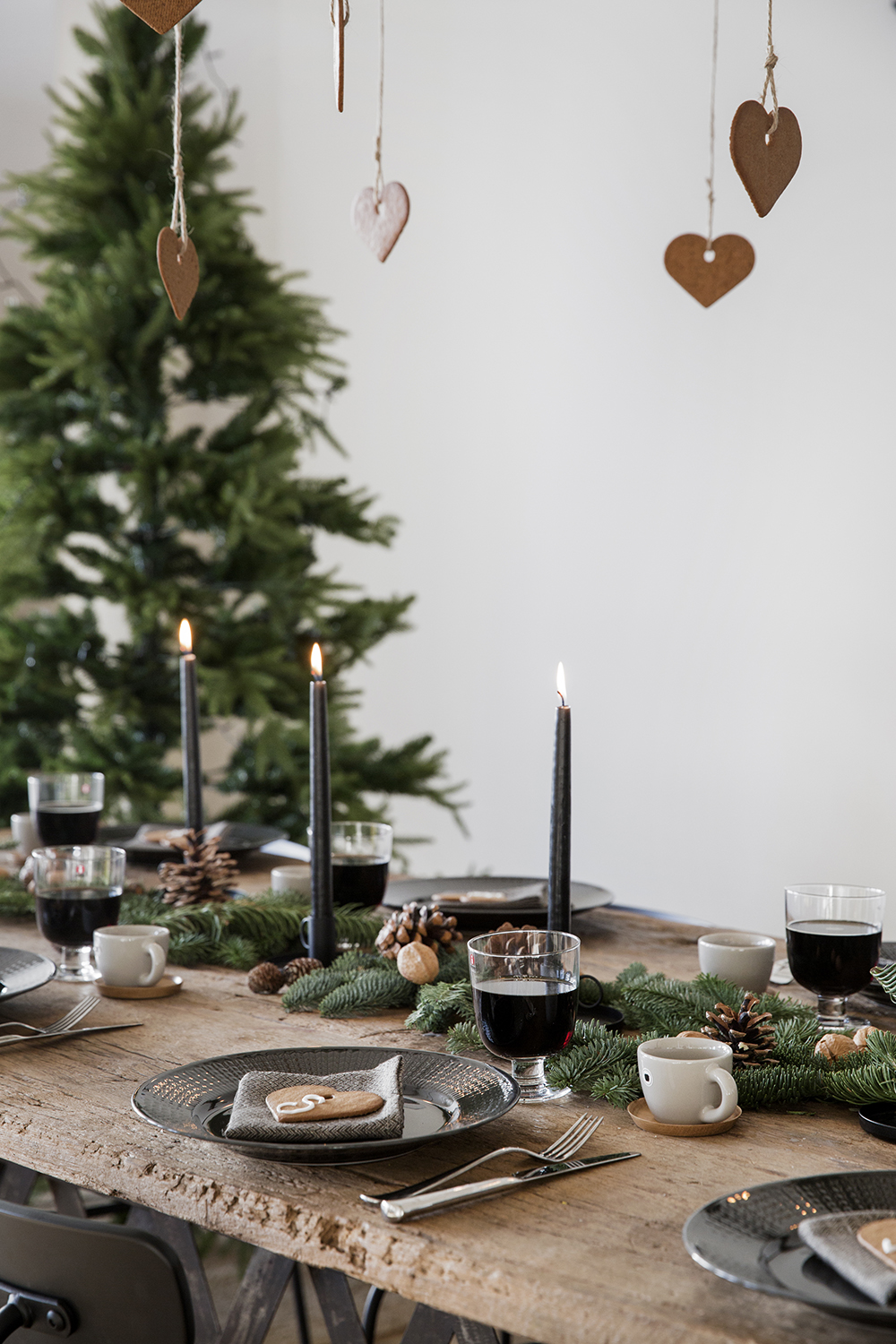 What S Hot On Pinterest 5 Scandinavian Christmas Decorations 3