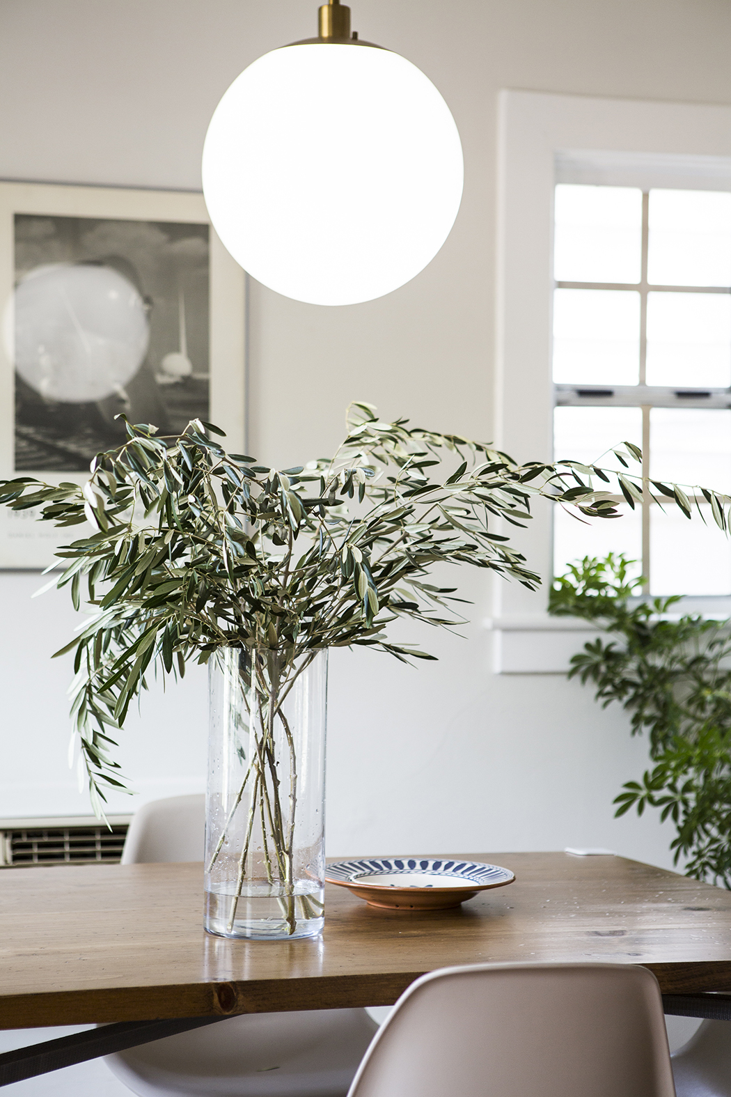 Whats Hot On Pinterest 5 Scandinavian Dining Rooms 1