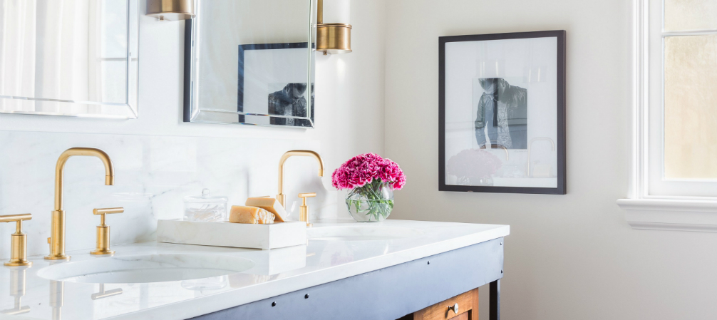 How To Turn An Old Fashioned Bathroom Into Modern - Old fashioned bathrooms