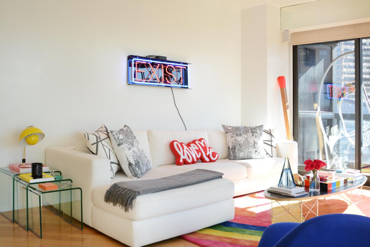 Trendzine mid century modern home designs powered by 1st dibs Mid century modern design ideas
