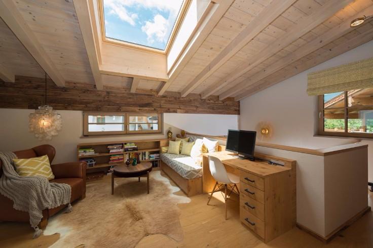 april bonnie the coolest german interior design is here. Black Bedroom Furniture Sets. Home Design Ideas