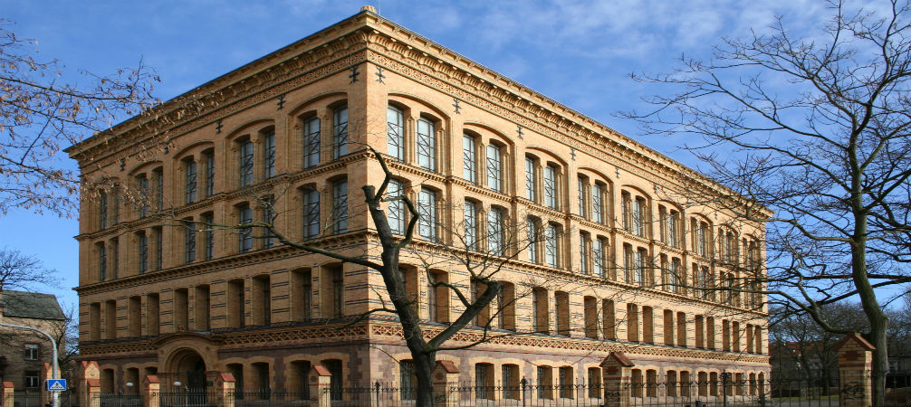 Come and find out the 8 best libraries in Germany!