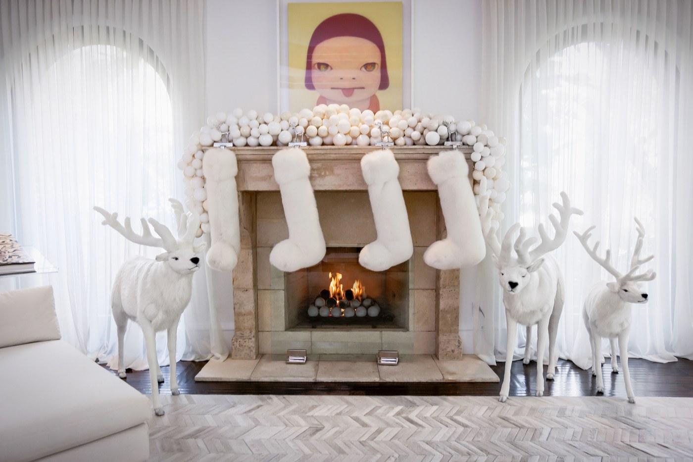See What Are Kris Jenner S Favourite Christmas Decor Ideas