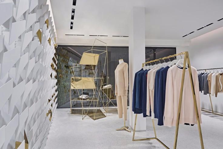 Minimal Boutique in Istanbul combines interior design and fashion!