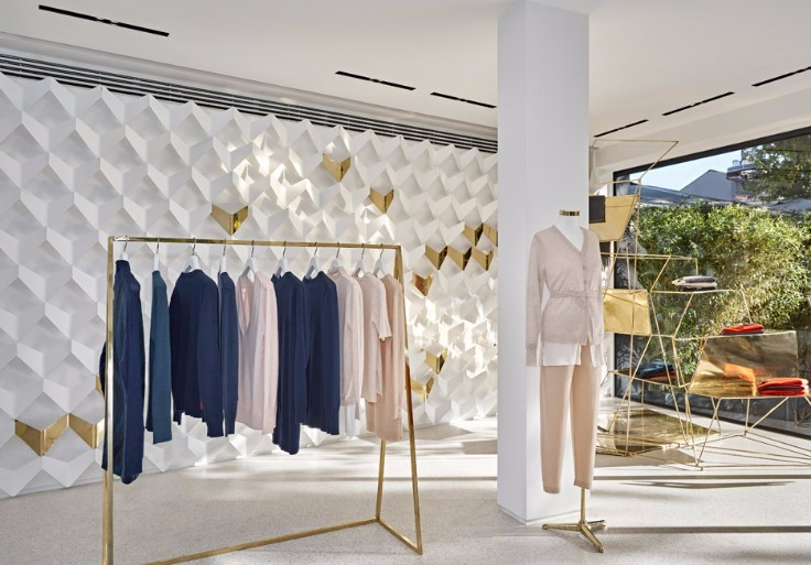 Minimal Boutique in Istanbul by URAStudio combines interior design and fashion!
