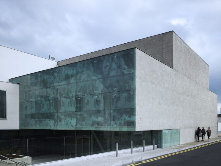 A tour by the contemporary Ireland!