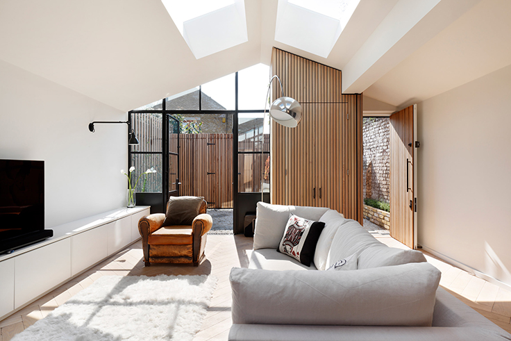 A beautiful contemporary house by De Rosee Sa in London