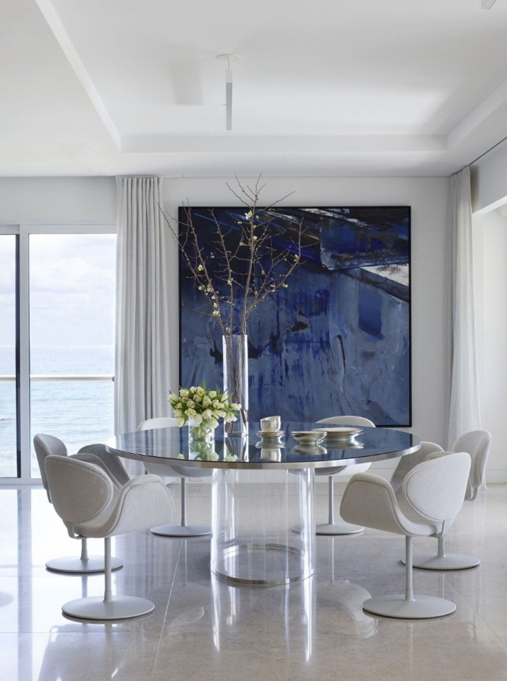 A Palm Beach Contemporary Apartment Full Of Art And ...