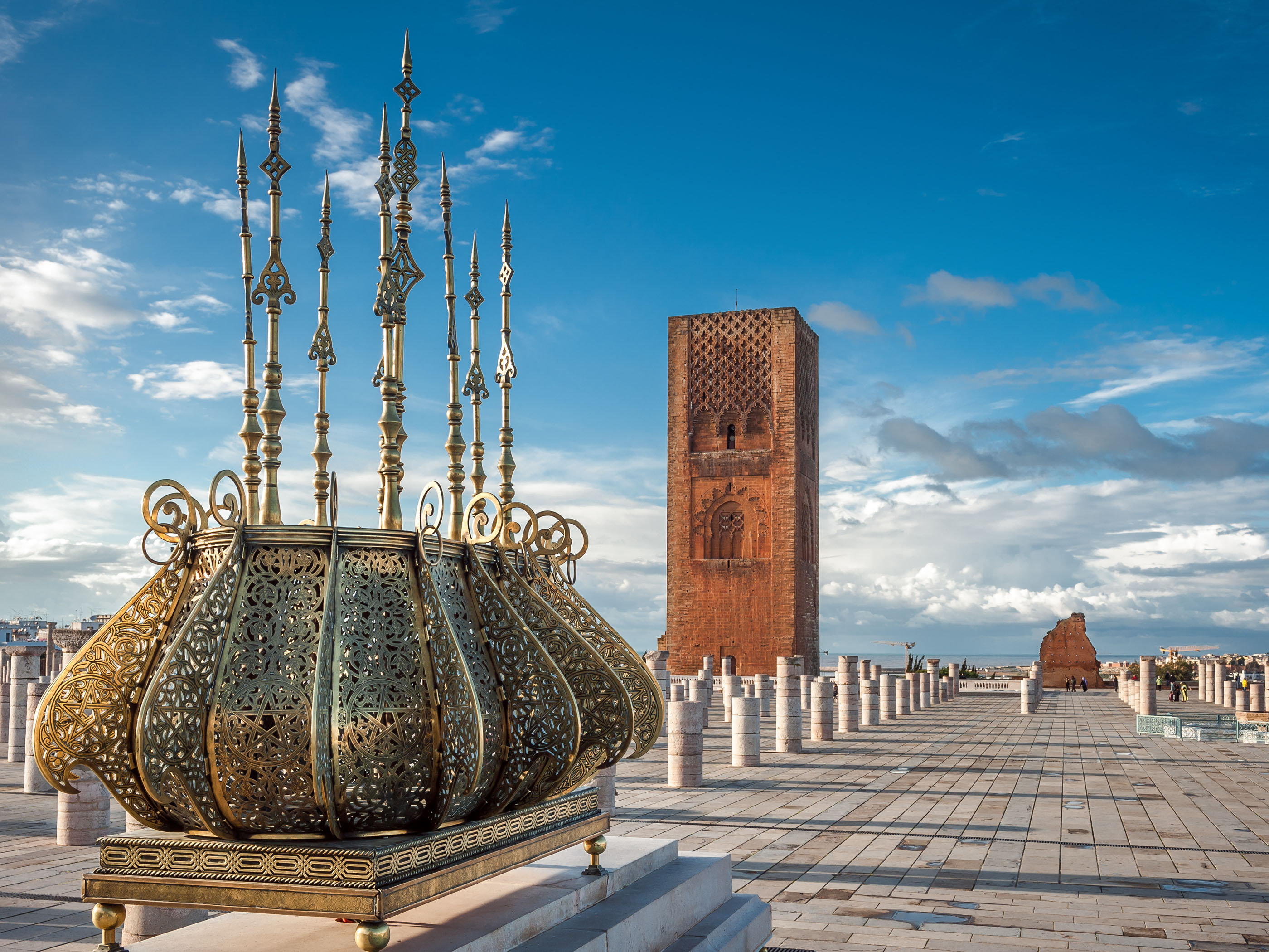 DL on Tour- Winning Morocco's Heart One Lamp at the Time