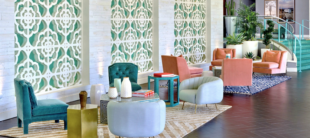 Discover Mid-Century Riviera Hotel in Palm Springs' Updated Look!