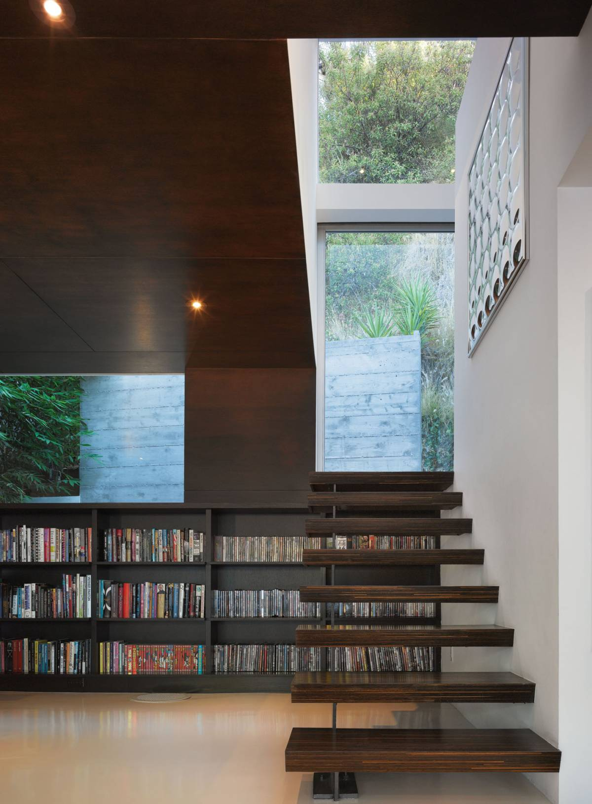 Room of the Week- Minimalist Living Room in Hollywood Hills