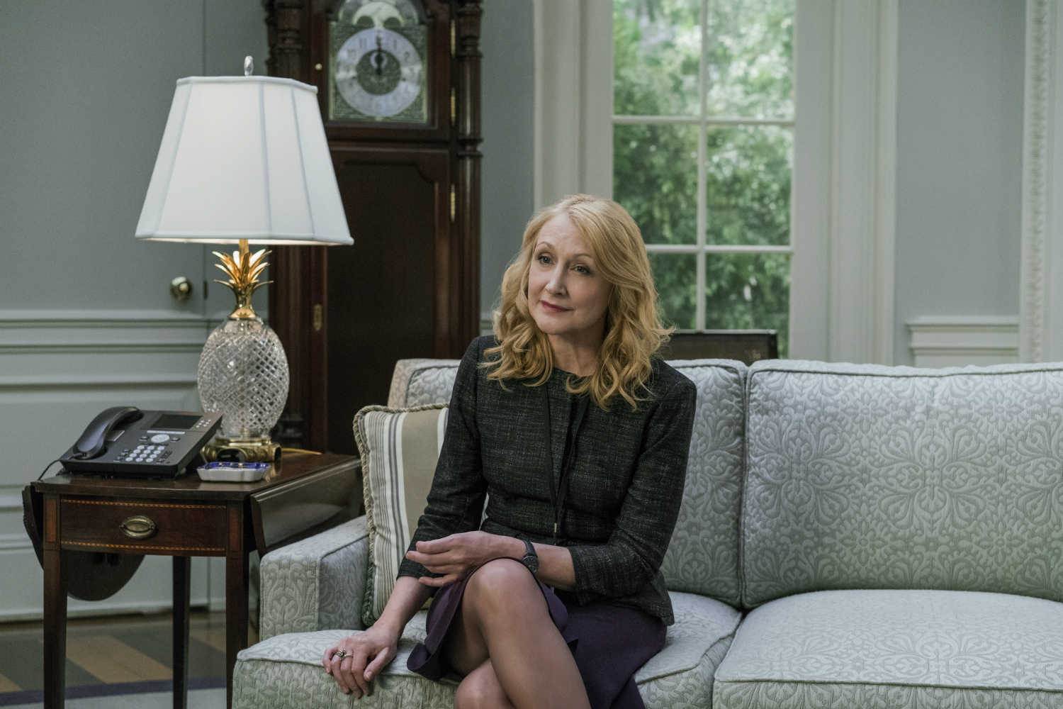 Inside the Screen- Get to Know the Stunning House of Cards Decor