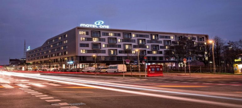 """Motel One in Vienna takes """"stay overnight"""" to another level!"""
