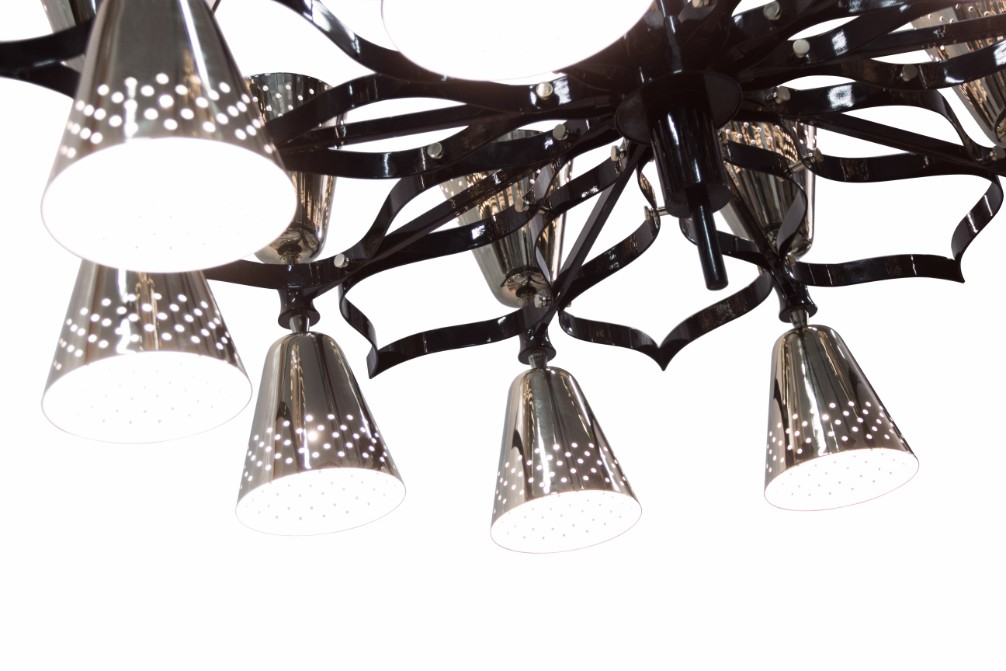 Here\'s The Perfect Modern Chandelier for Your Halloween Decorations