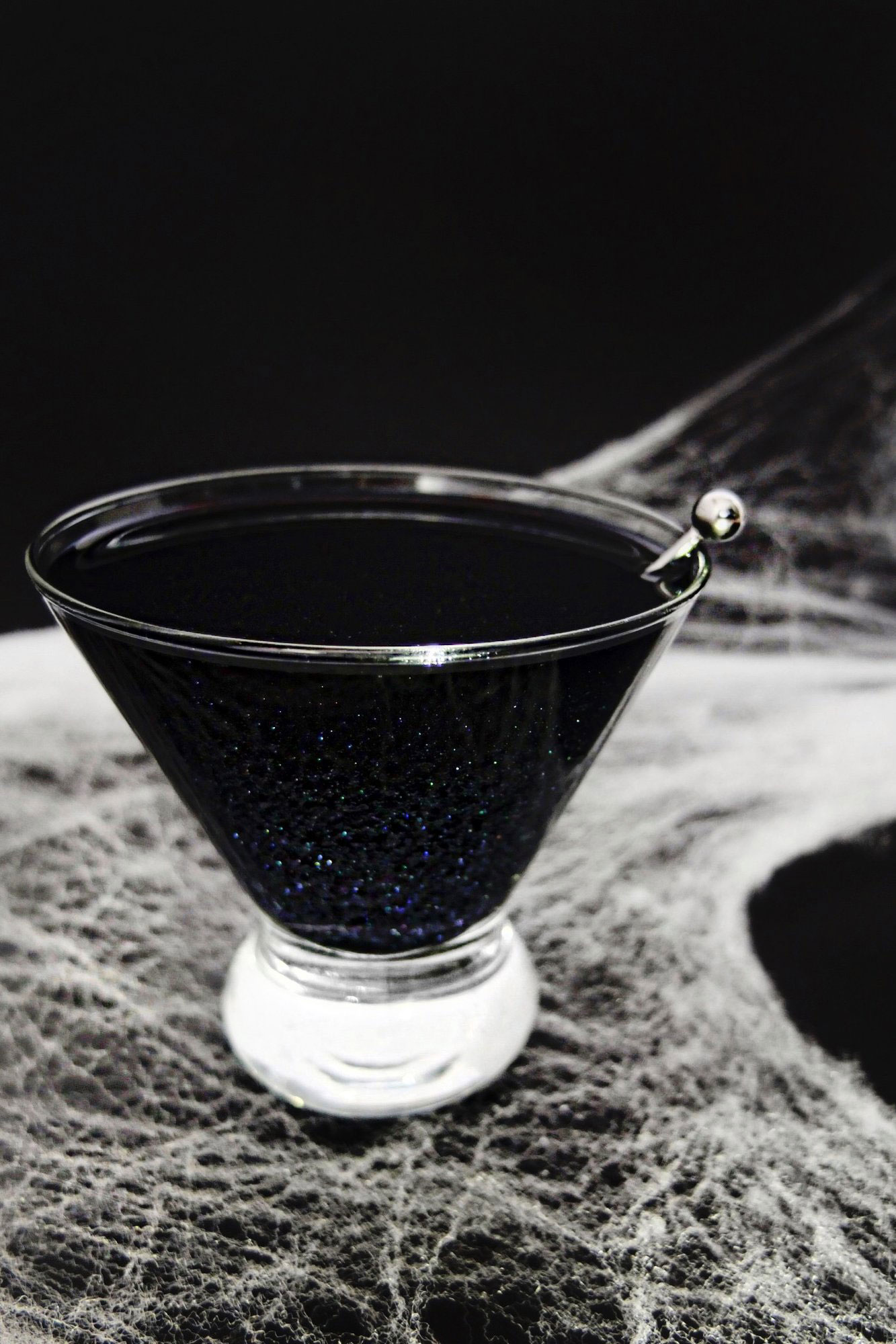 Spooktacular Halloween Cocktail Recipes for a Ghostly Night 8