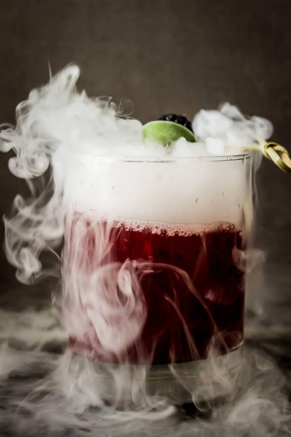 Spooktacular Halloween Cocktail Recipes for a Ghostly Night 1