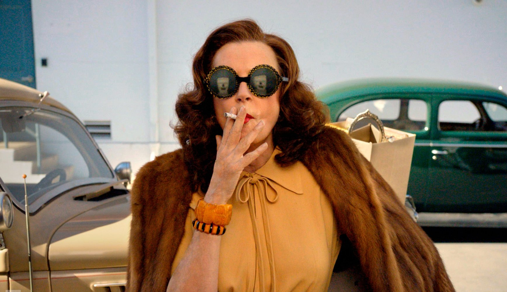 Inside The Screen Get Intimate With Bette and Joan Feud! 7