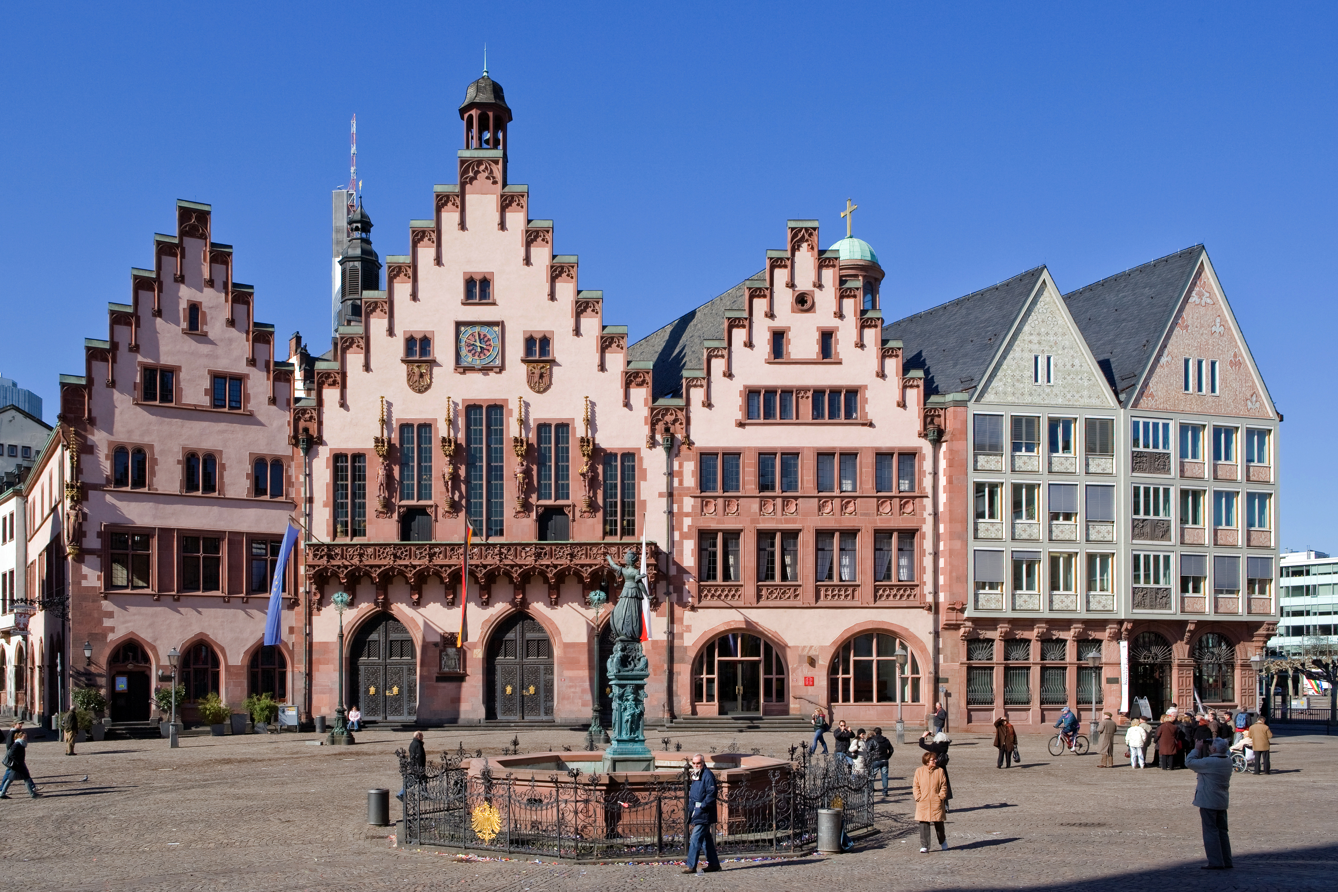 The Best Places to Visit in Frankfurt During Light and Building 2018 2