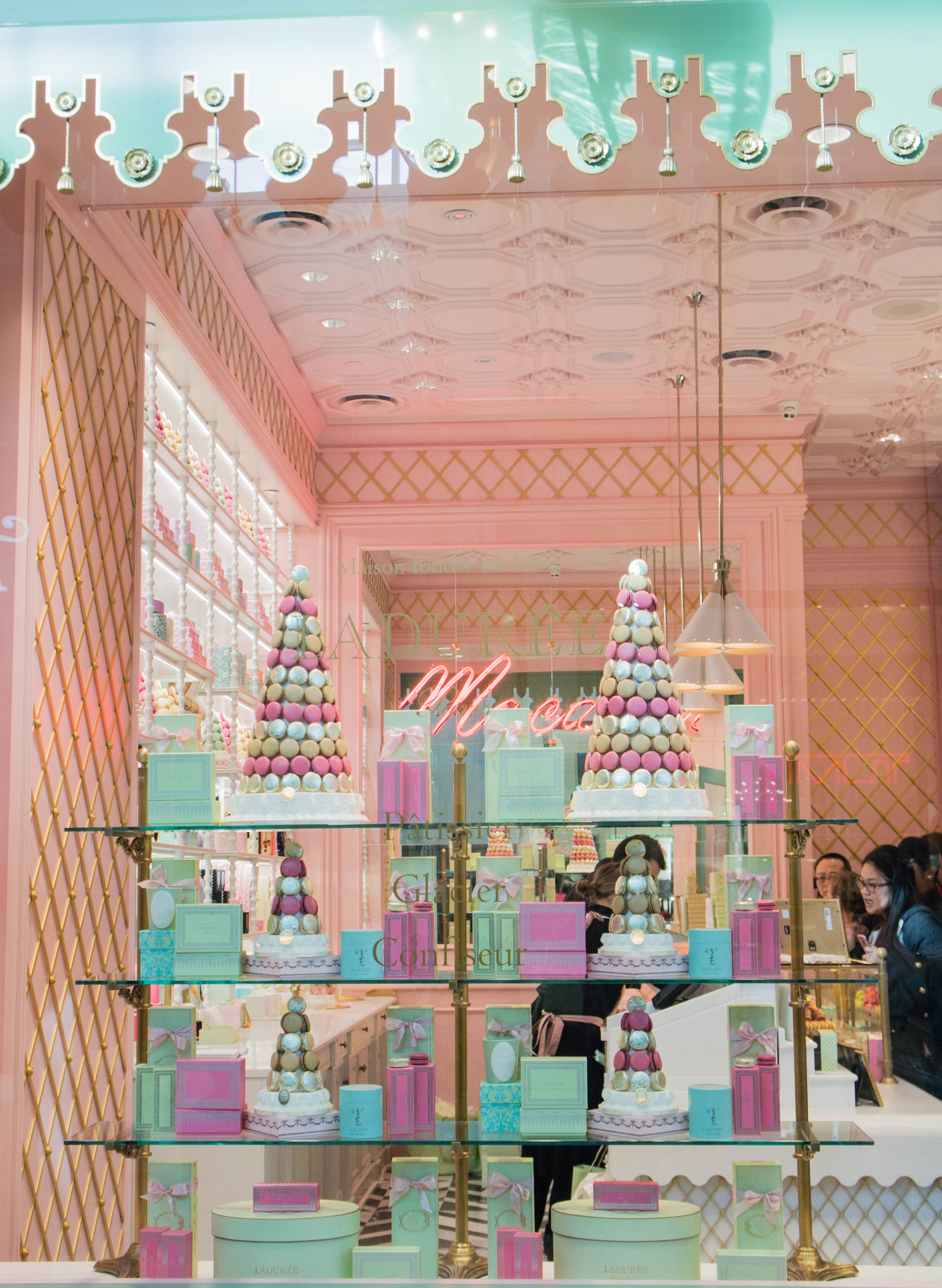 A Tasty Blend Of Ladurée's French Style In Your Life