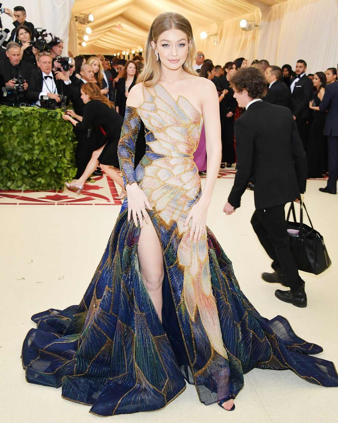 Heavenly Bodies MET Gala's 2018 Best Dressed Of The Evening 12