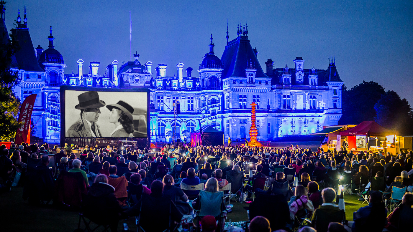 Inside The Screen The Perfect Spot For Your Outdoor Cinema Nights 6