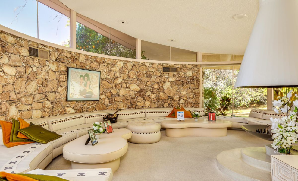 House Tour _ Top 6 Mid-Century Modern Homes On Sale! 2