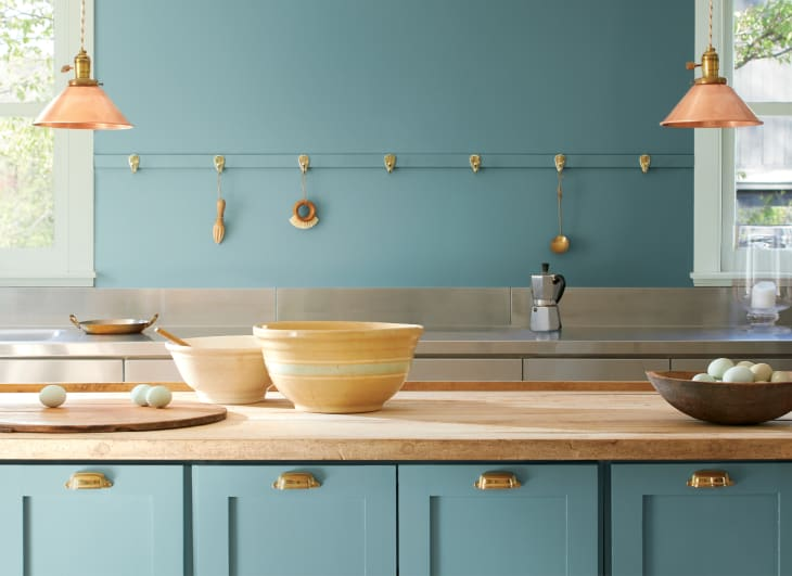 Benjamin Moore Color of The Year 2021 Will Bring Us The Peace We Need at Home!