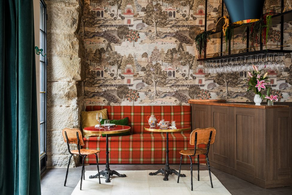 We're Sure You'll Want To Have  Drink at This Eclectic Bistro Bar Designed by Inés Benavides